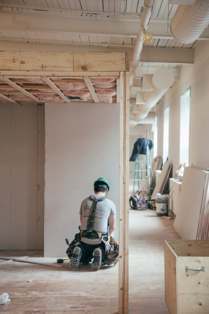 Steps to Take When You Need to Hire a Contractor 1