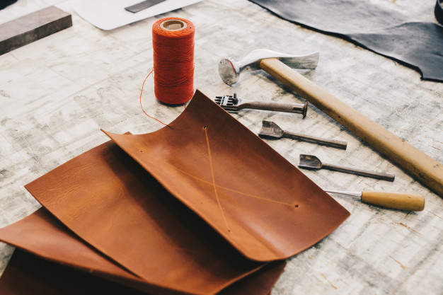 Best Leather Glue 1