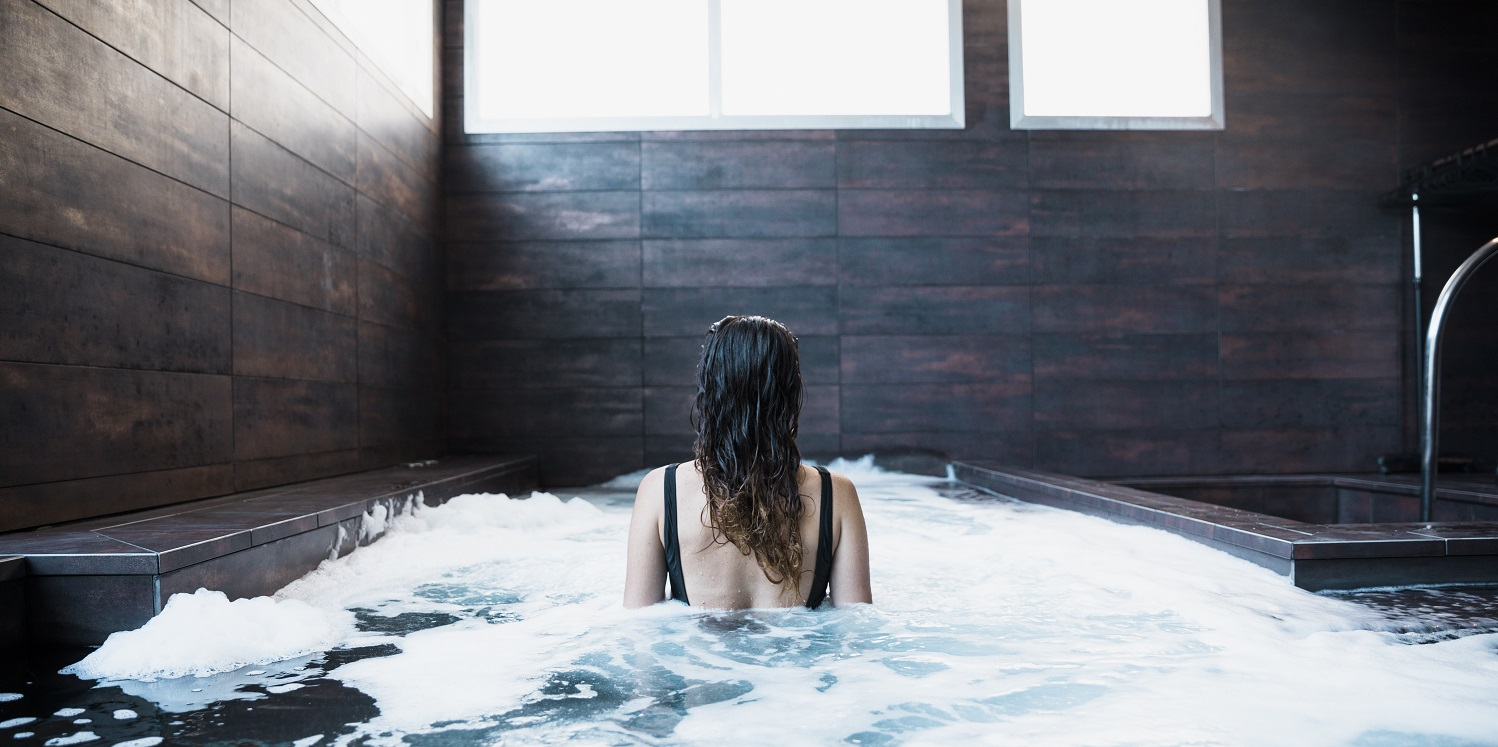 How to Fix a Cloudy Hot Tub 2