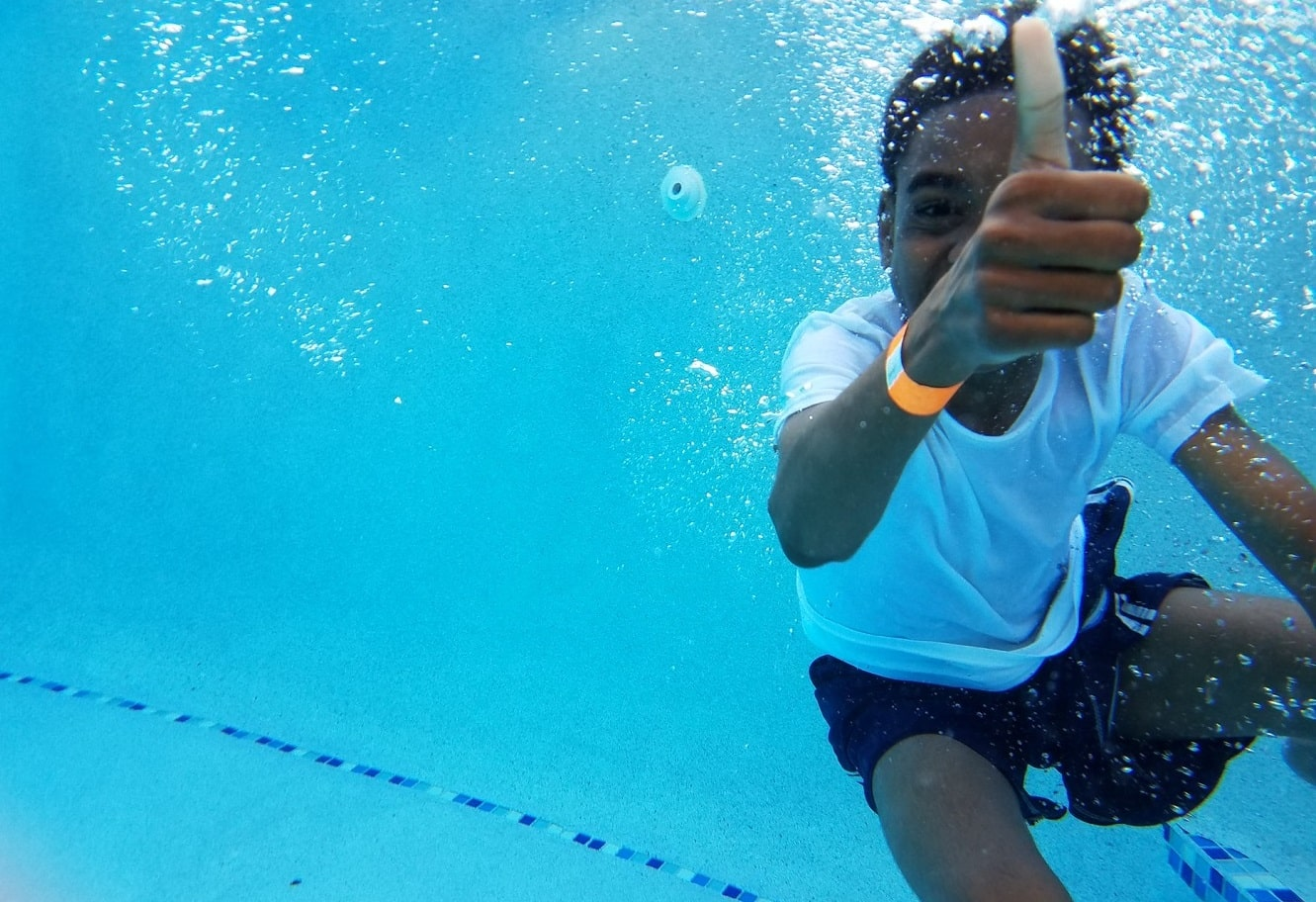 Learn How to Keep Chlorine Levels Up In Your Pool 1