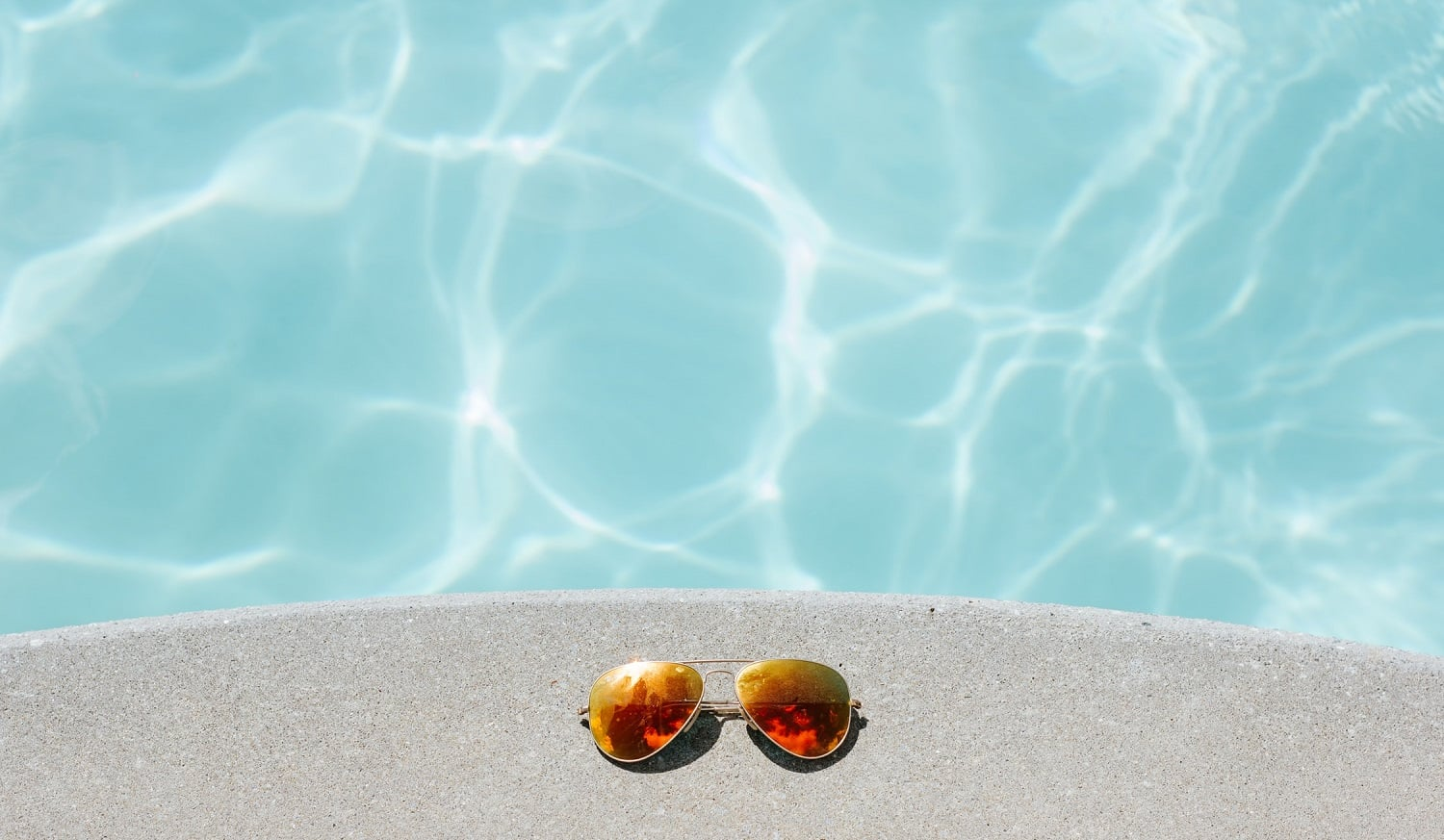 Learn How to Keep Chlorine Levels Up In Your Pool 2