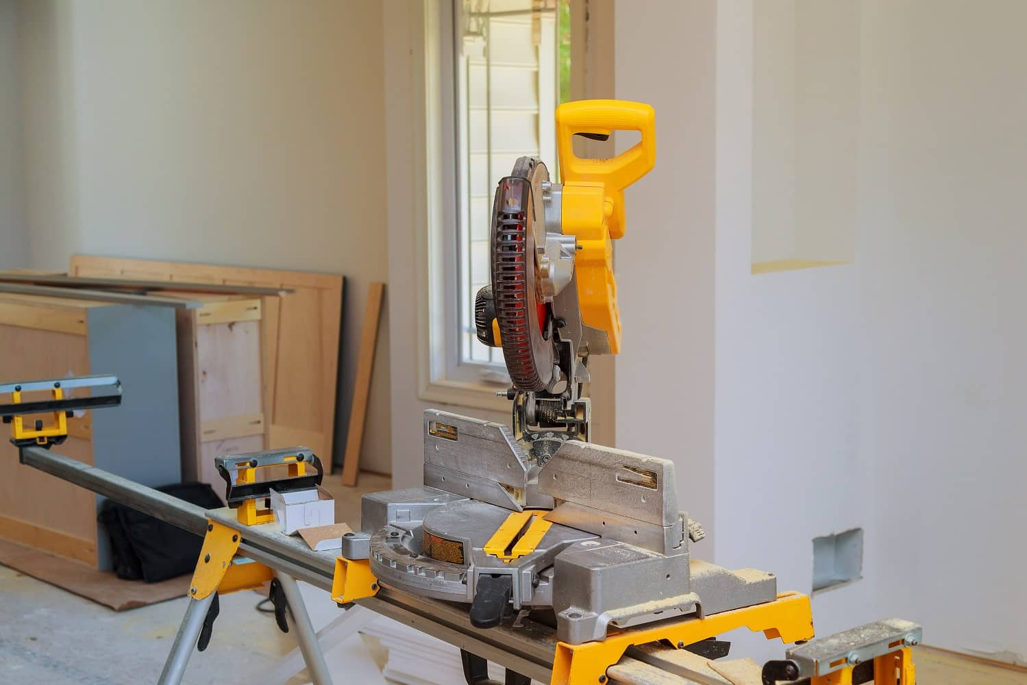 Mitre Saw in and Crosscut Timber handle, home, instrument, machine