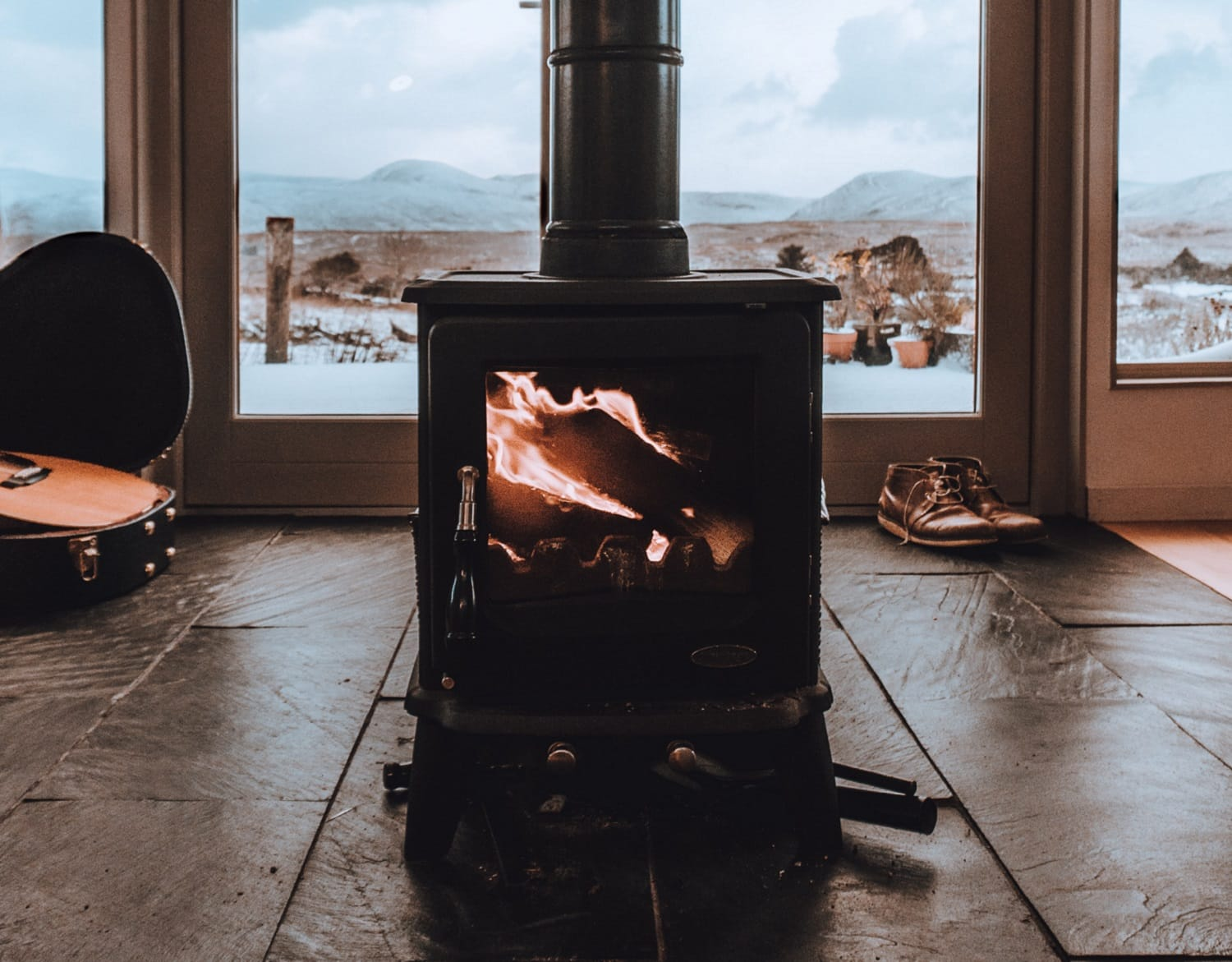 How to Clean Wood Stove Glass 1