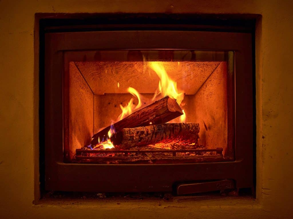 How to Clean Wood Stove Glass 3 1