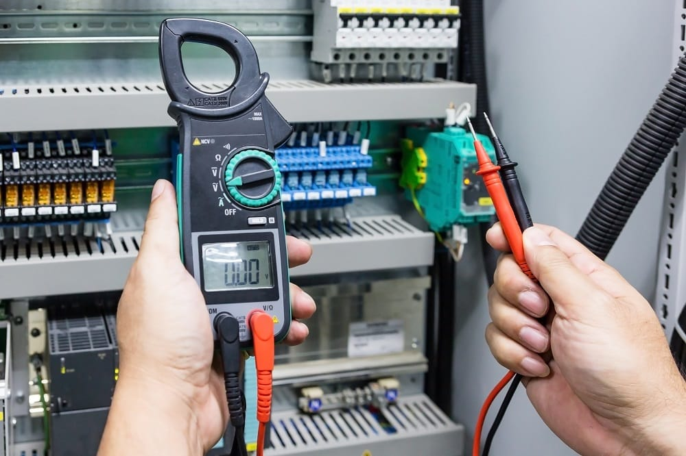 use clamp meter