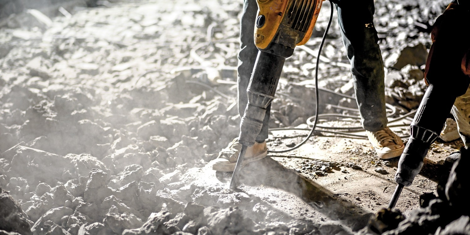 13 Best Jackhammers and Demolition Hammers 01