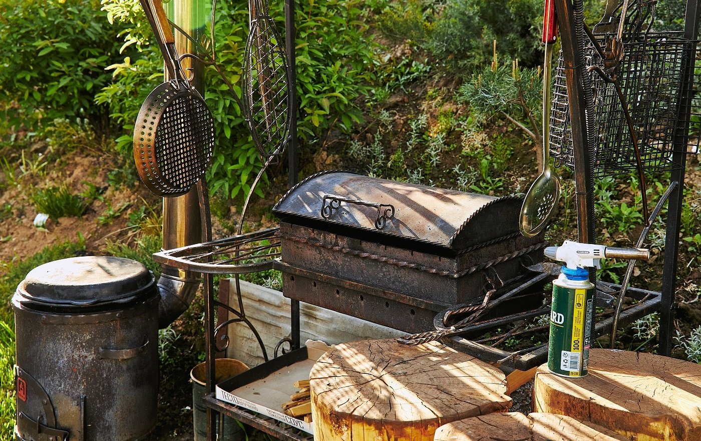 Barbecue grill as a outdoor appliance.